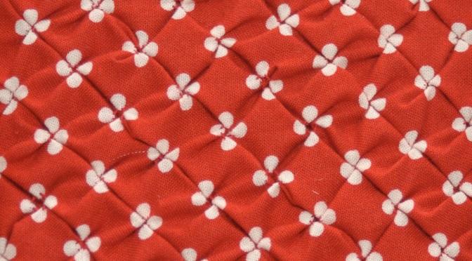 Block 15: Diamond smocking – Textured quilt sampler