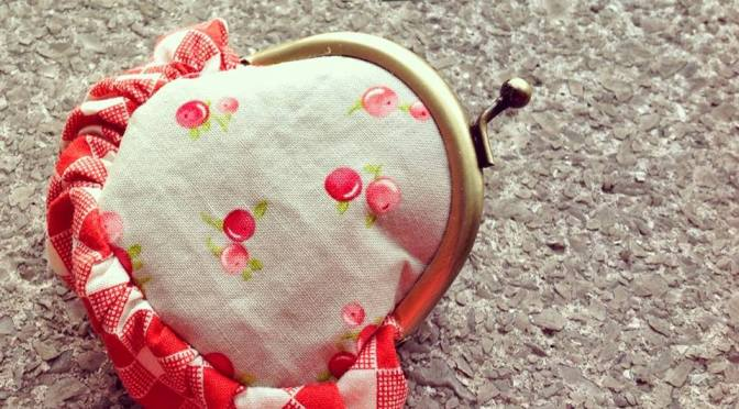 Gathered coin purse pattern
